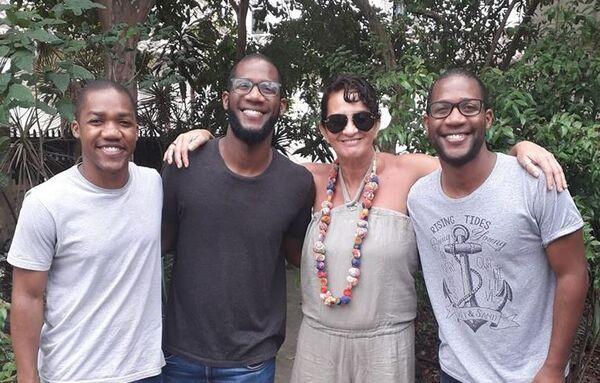 Santo Samba faz produção de live do Trio Julio neste domingo (5)